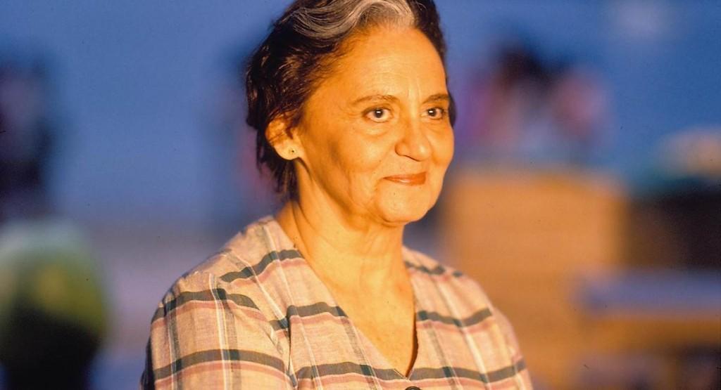 Laura Cardoso como Isaura no remake de Mulheres de Areia