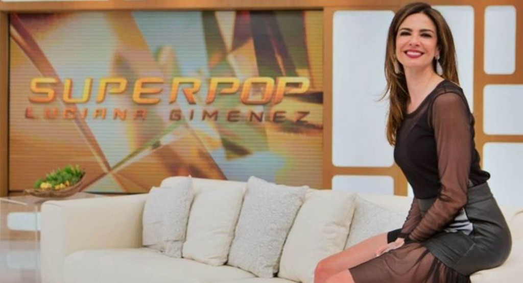 Luciana Gimenez reina na Rede TV