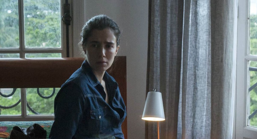 Marjorie Estiano se destacou como Carolina de Sob pressão