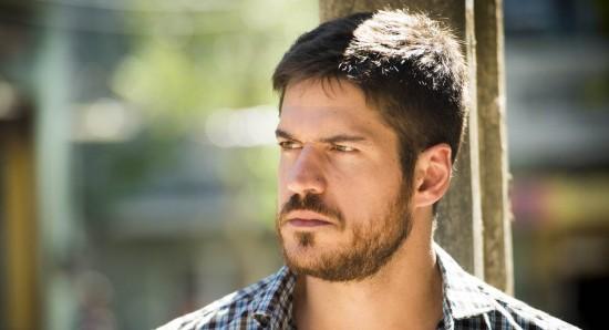 Zeca (Marco Pigossi)