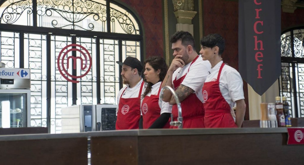 O time vermelho reunia os desafetos de Francisco: treta no Masterchef!