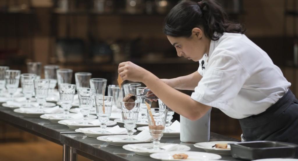 O dia não era dela no MasterChef: Irina enfrentou problemas até na sobremesa