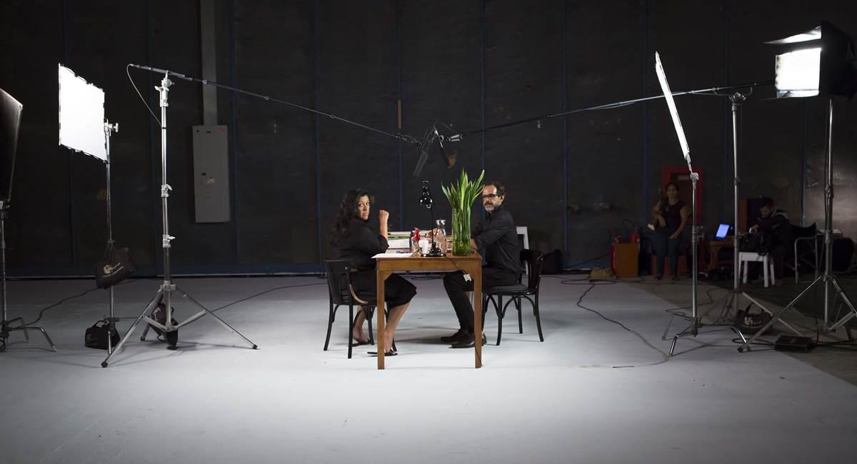 Regina Casé e Alberto Renault em Palavra em série