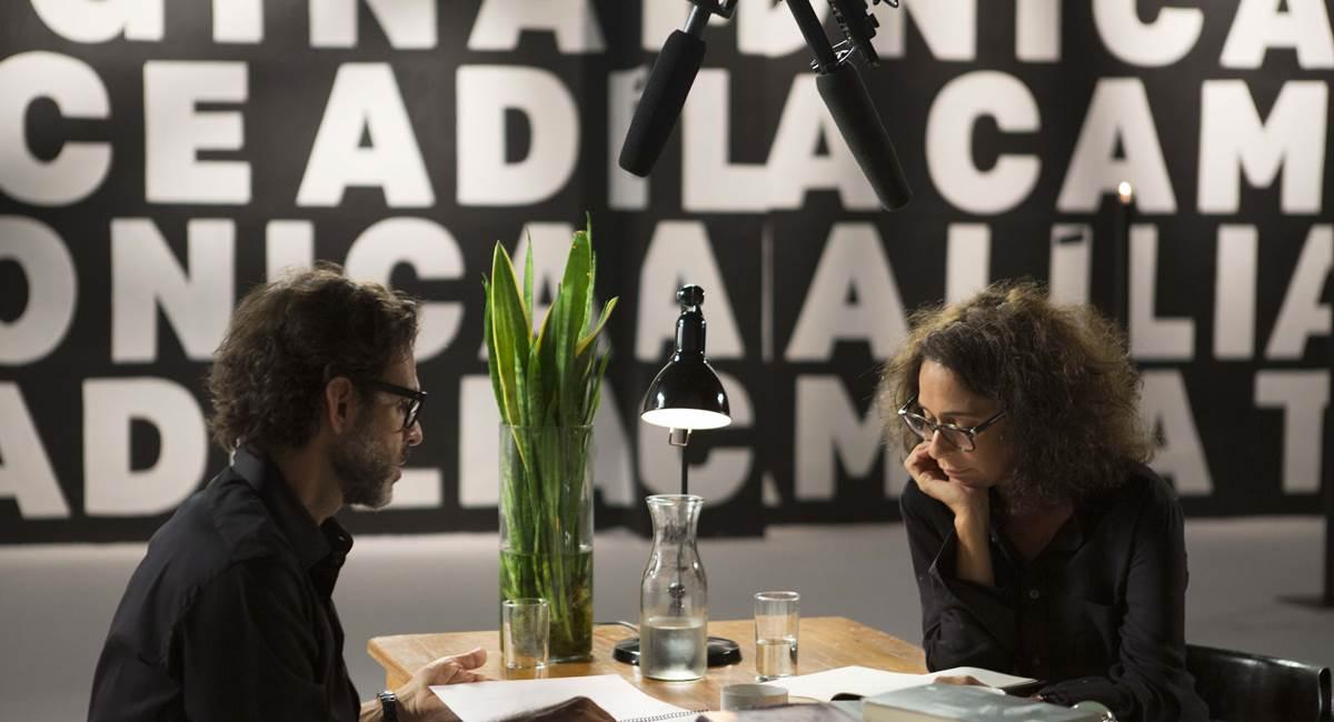 Alberto Renault e Andrea Beltrão em Palavra em série