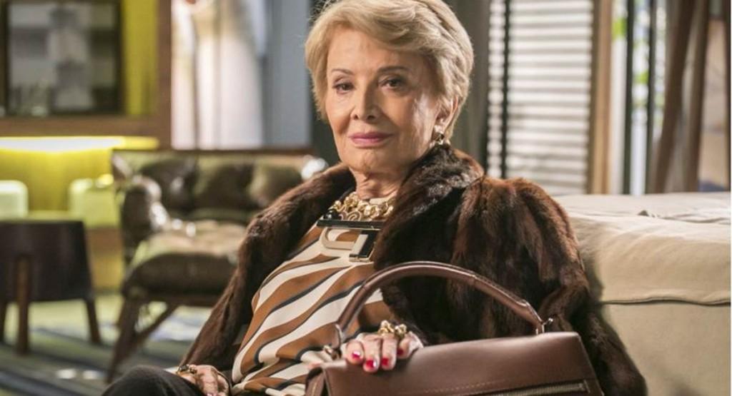 Crédito: Paulo Belote/TV Globo. Gloria Menezes como Stelinha em Totalmente Demais.