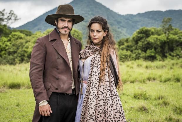Crédito: TV Globo/Divulgação. Caio Castro e Luisa Micheletti em Novo mundo