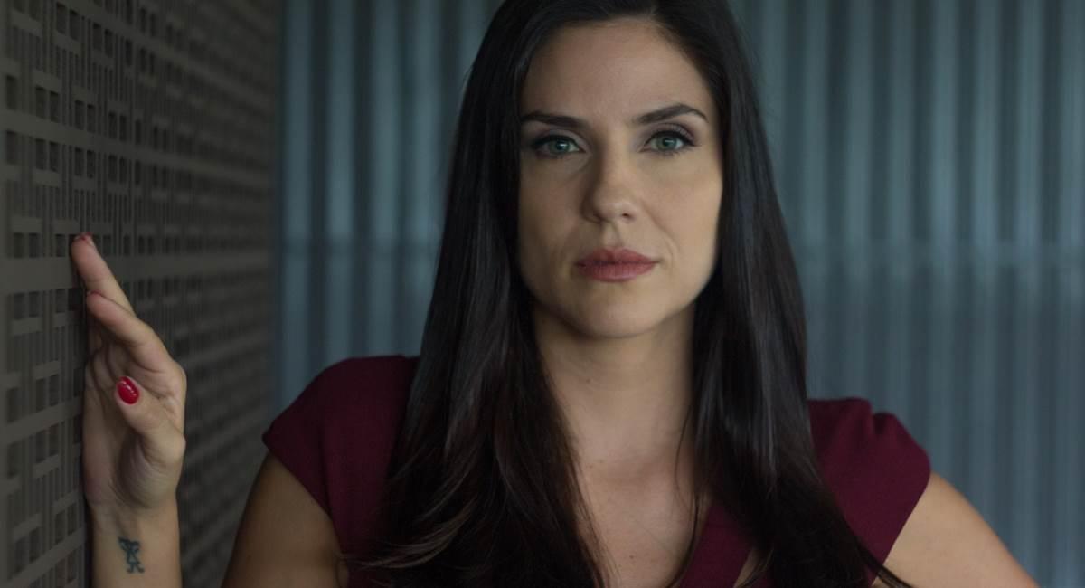 Rafaela Mandelli vive uma das protagonistas de O negócio, da HBO