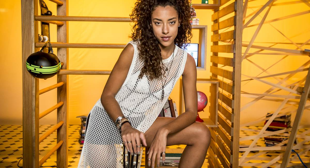 Yara Charry estudava moda em Paris e veio para o Brasil: sem arrependimento