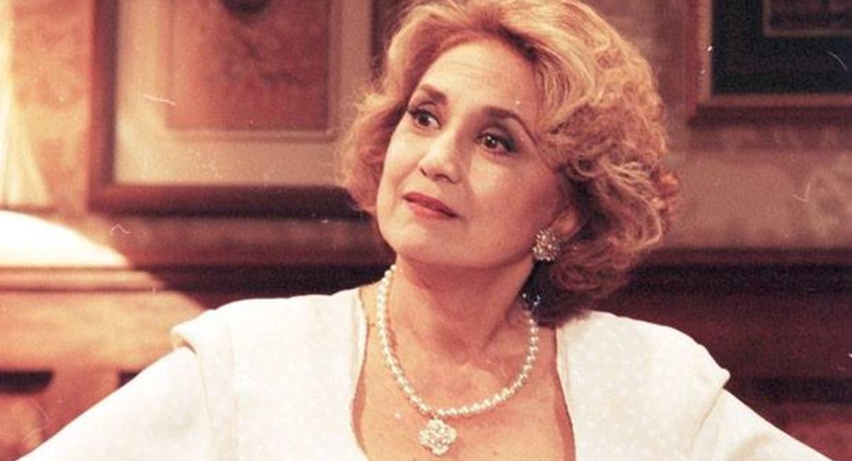 Eva Wilma perfeita como Altiva em A indomada