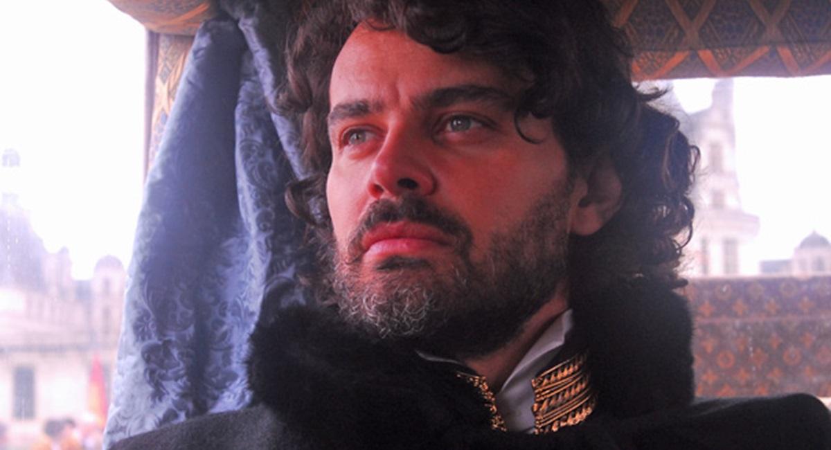 Carmo Dalla Vecchia como Augusto em Cordel encantado