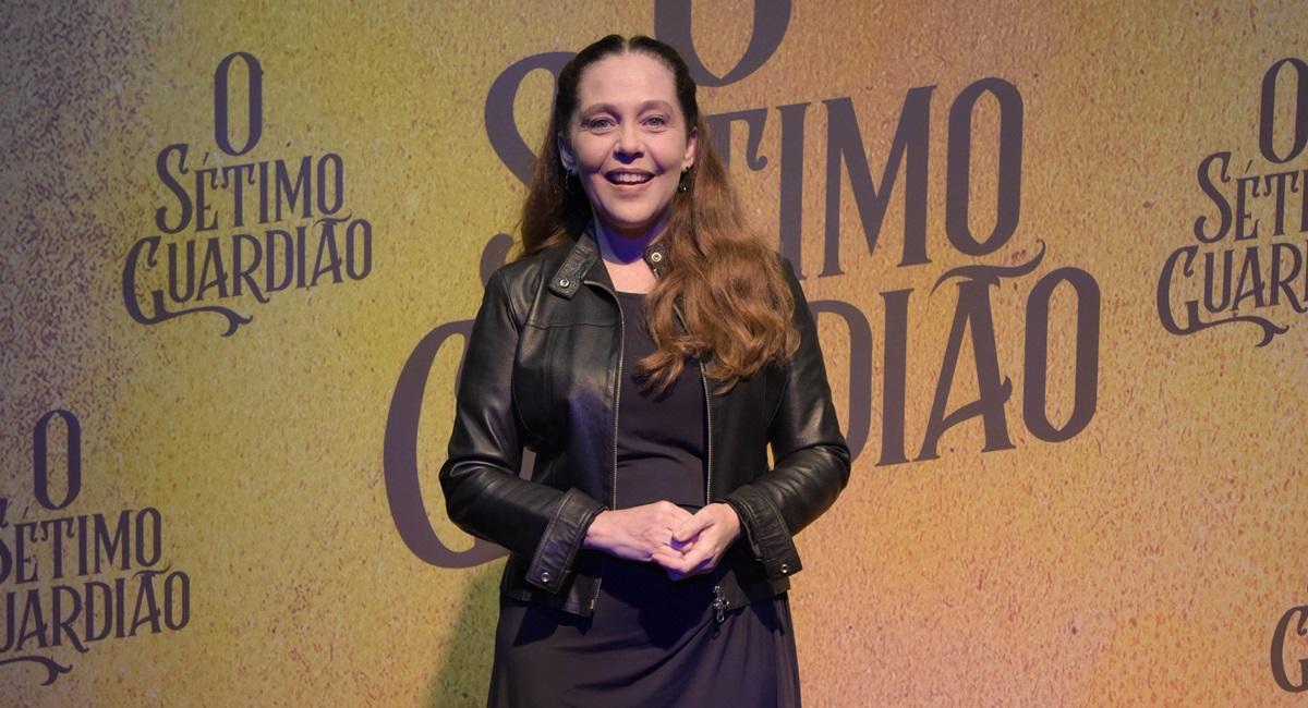 Isabela Garcia como Judith  em O sétimo guardião