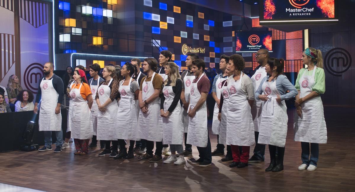 Vinte cozinheiros amadores voltam ao MasterChef Brasil