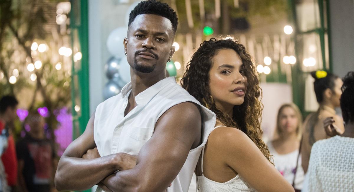 David Junior e Gabryela Moreira como o casal Ramon e Francisca na novela Bom Sucesso