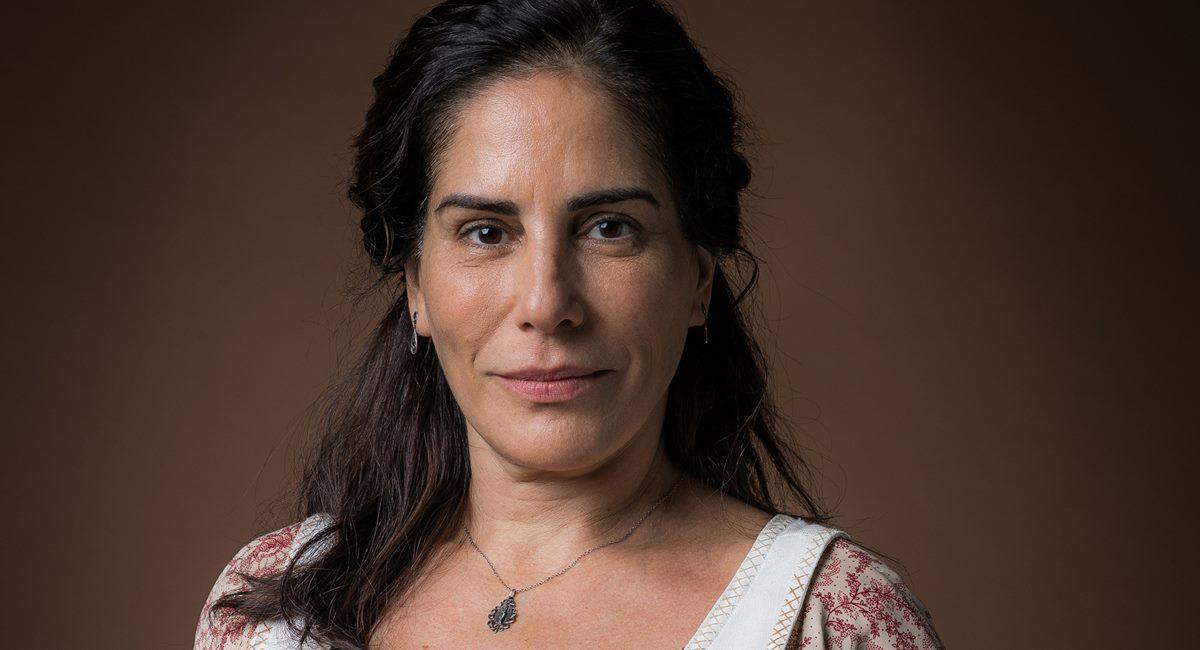 Gloria Pires como Lola na novela Éramos seis