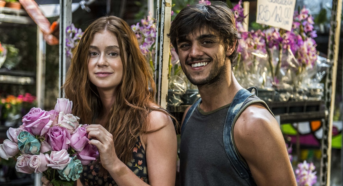 Eliza e Jonatas eram o principal casal de Totalmente demais