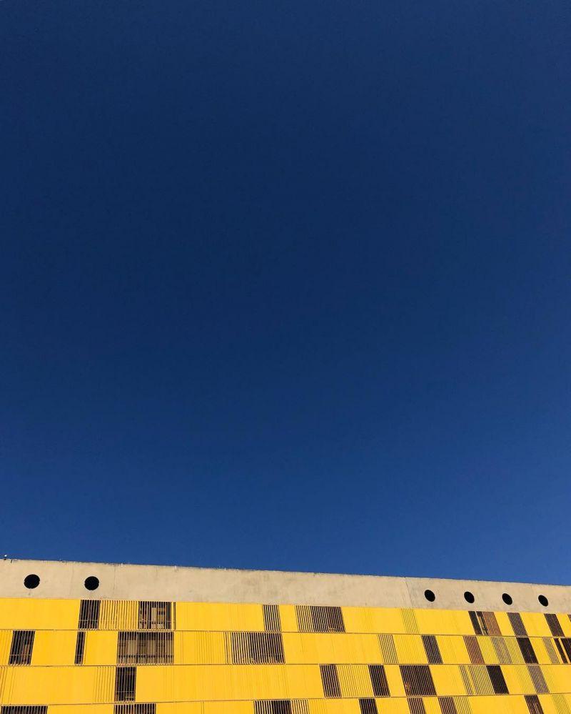 11/07/2018. Crédito: Ana Rayssa/Esp.CB/D.A. Press. Brasil. Brasília - DF.  Isto é Brasília. Anexo da Câmara dos Deputados e céu de Brasília.
