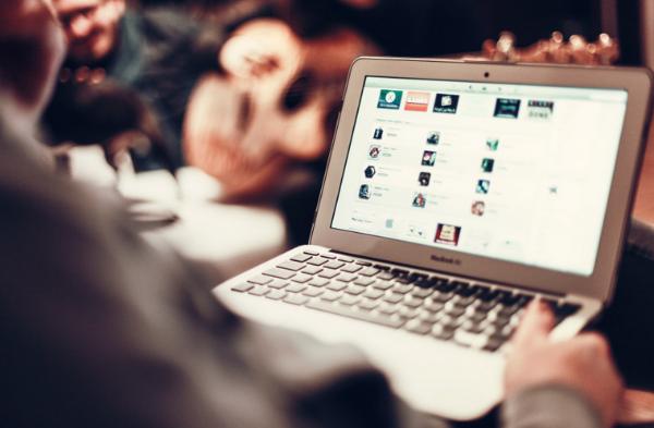 como-gerenciar-contas-em-redes-sociais-de-maneira-profissional-com-skill-up