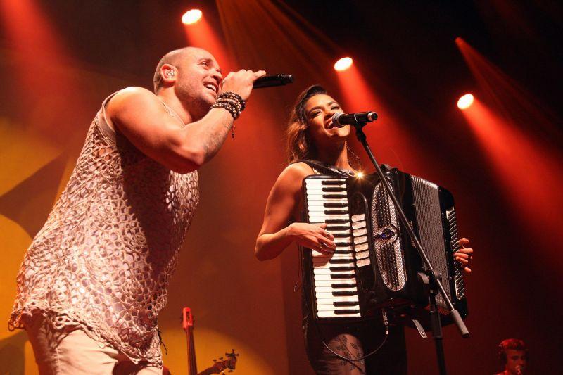 Crédito: Vera Donato/Divulgação. O cantor e compositor Diogo Nogueira, em turnê nacional com o show Munduê com participacoes de Hamilton de Holanda e Lucy Alves, no show em São Paulo.