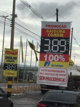 Mais da metade dos postos do DF têm gasolina abaixo de R$ 4