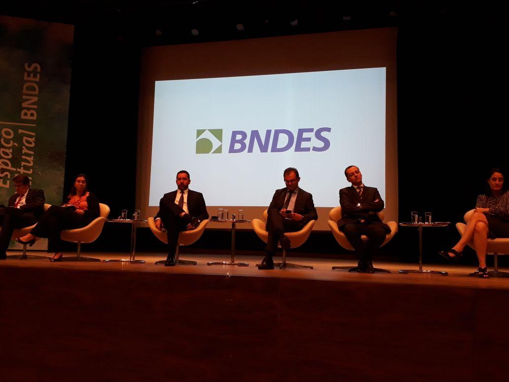 BNDES deve antecipar pagamento de R$ 100 bilhões ao Tesouro