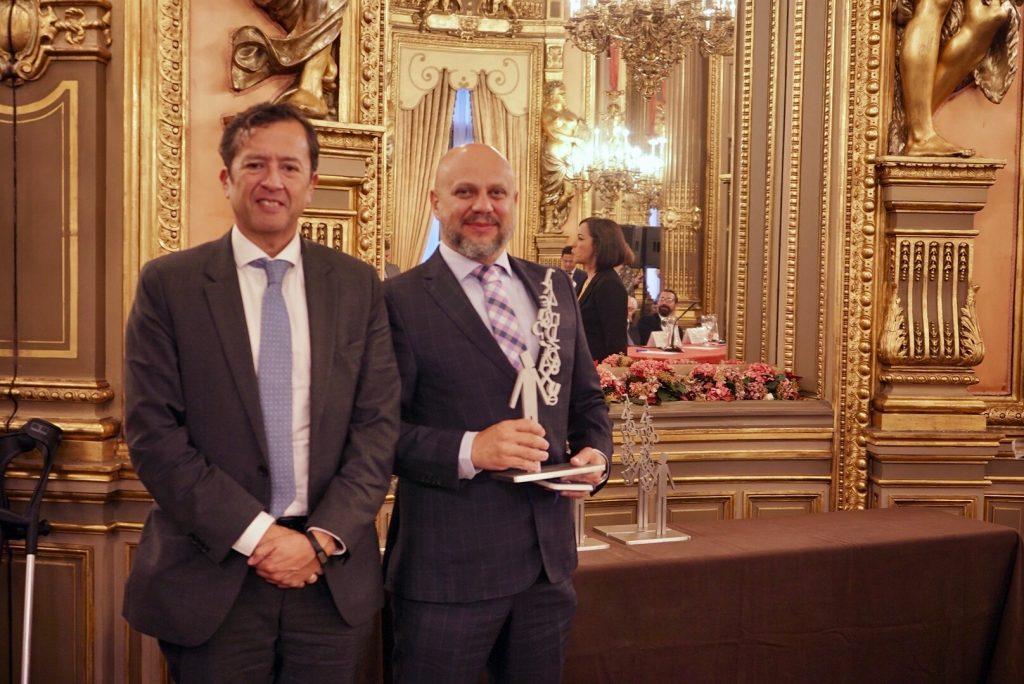 Vicente Nunes com David Tuesta, diretor da CAF