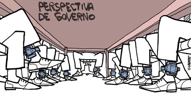 Charge do Laerte.
