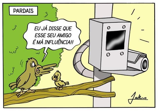 Charge: Julinho