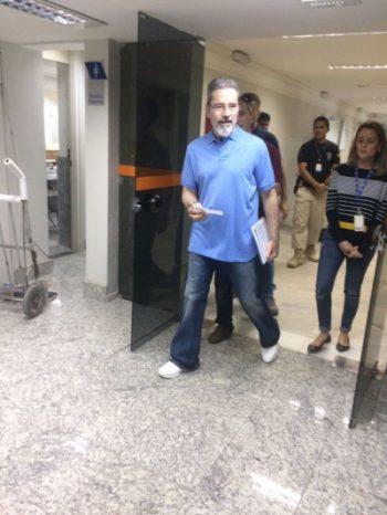 Luiz Estevão presta depoimento na Justiça Federal
