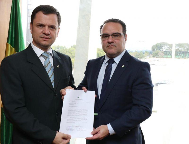 Anderson Torres, secretário de Segurança Pública se encontra com o Subchefe de Assuntos Jurídicos da Presidência da República, Jorge Antônio de Oliveira Francisco
