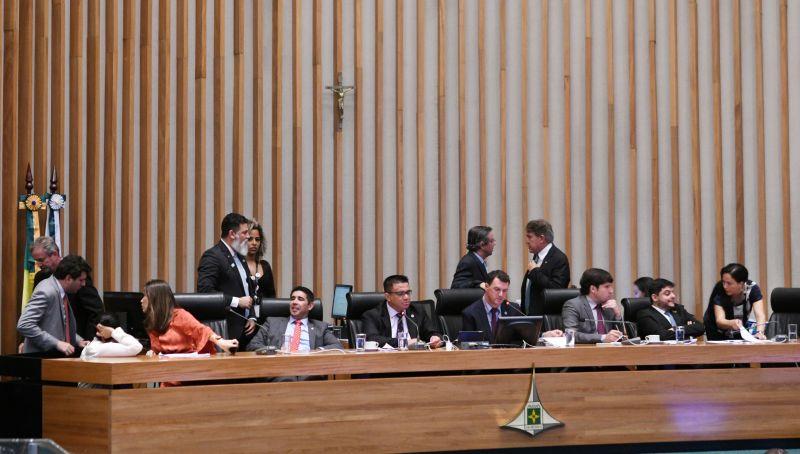 Câmara Legislativa aprovou ontem a inclusão no calendário oficial do Distrito Federal do Dia do Jejum, da Oração, do Arrependimento e do Perdão para a Glória de Deus