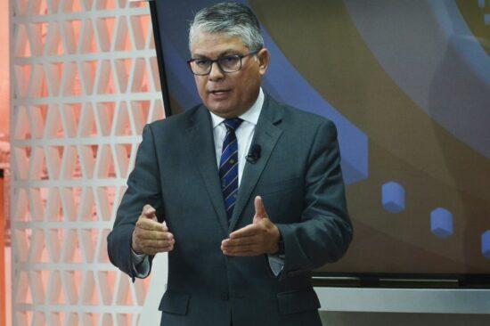Secretário de Saúde Francisco Araújo