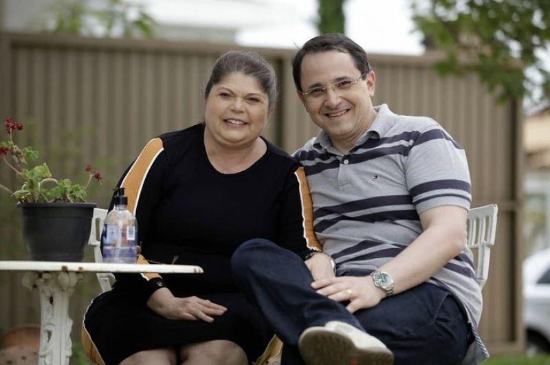 Advogada Cláudia Maria Patrício Costa da Silva, 52 anos, e o marido, André Luís de Souza, 48 anos, primeiros casos de covid do DF.