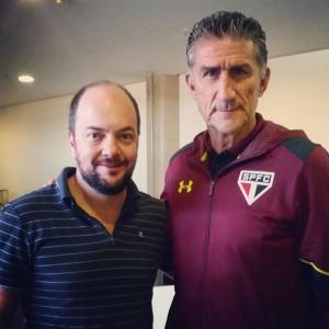 O novo executivo do São Paulo e o técnico Edgardo Bauza. Foto: Arquivo Pessoal/Facebook