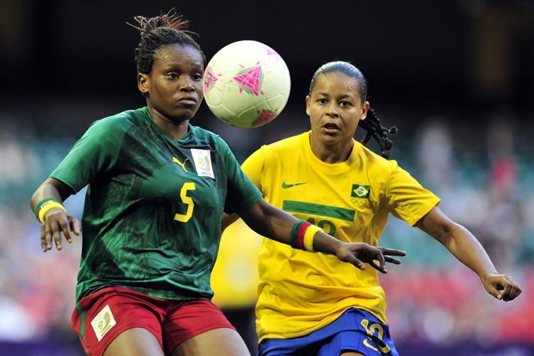 Francielle-seleção-brasileira-futebol-feminino