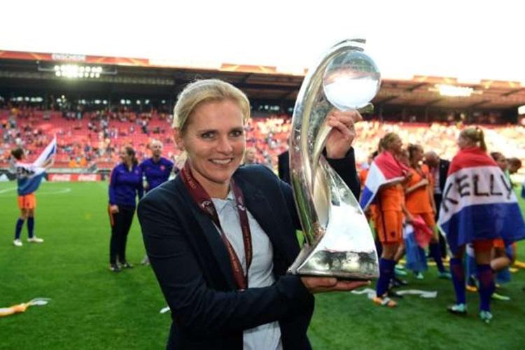 Sarina Wiegman melhor do mundo futebol feminino