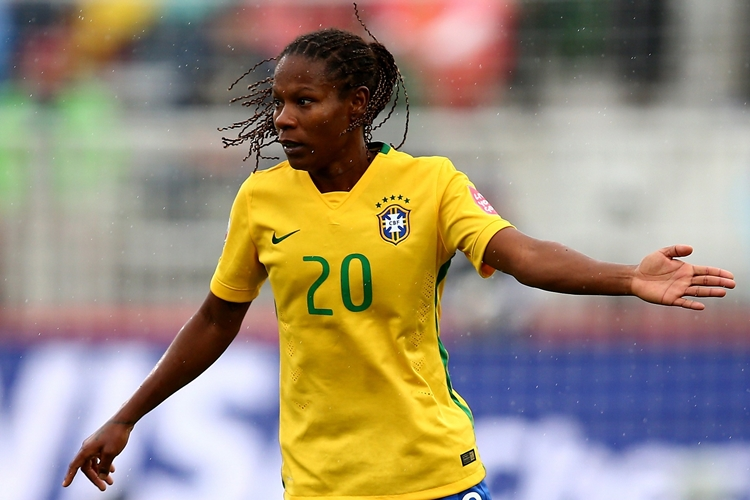 Formiga-jogadora-brasil-futebol-