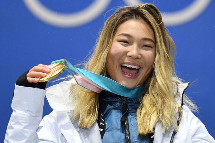Filha de sul-coreanos, a atleta dos Estados Unidos foi campeã olímpica aos 17 anos / Foto: Kirill Kudryavtsev/AFP