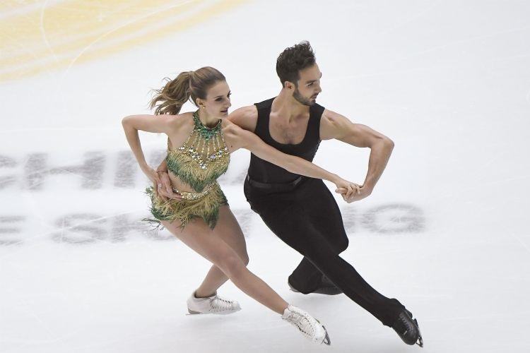 Gabriella Papadakis e Guillaume: casal foi prata após perrengue com uniforme na classificatória / Foto: Wang Zhao