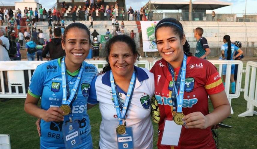 Minas Icesp-DF e Vitória-BA disputam a final do Campeonato Brasileiro feminino de futebol A2, a segunda divisão do Brasileirão, no Estádio Abadião em Ceilândia
