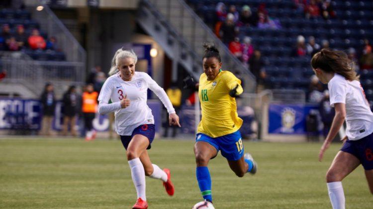 Seleção Brasileira de futebol feminino perde para Inglaterra no torneio She Believes, nos Estados Unidos