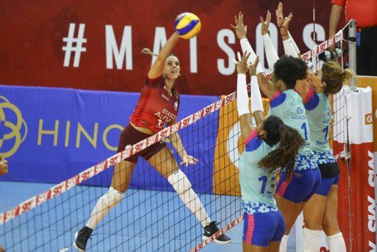 Barueri x Osasco pelas quartas de final da Superliga feminina de vôlei