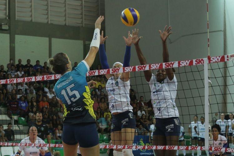Jogo Brasilia Volei x SESC Rio de Janeiro pela Superliga feminina