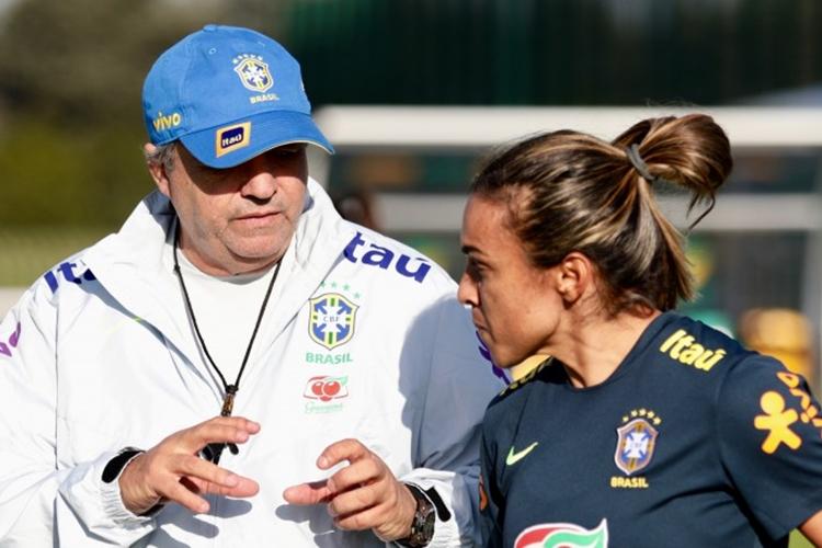 Vadão convoca Seleção Brasileira para Copa do Mundo feminina da França, em 2019