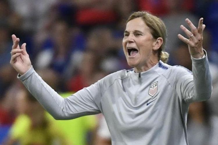 Jill Ellis é favorita a ganhar The Best técnica da Fifa em 2019, ano em que conquistou o bicampeonato mundial com os Estados Unidos na Copa da França