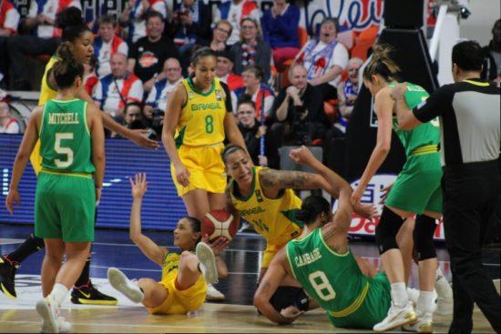 Seleção Brasileira feminina de basquete fica fora das Olimpíadas de Tóquio-2020
