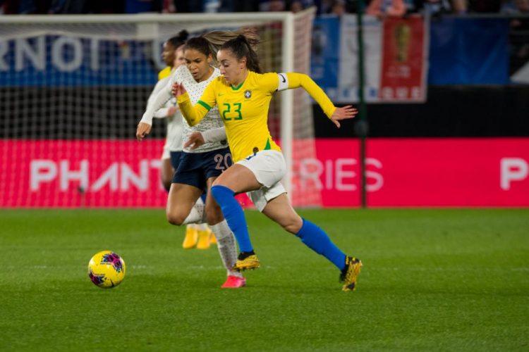 Luana futebol jogadora Seleção Brasileira e PSG