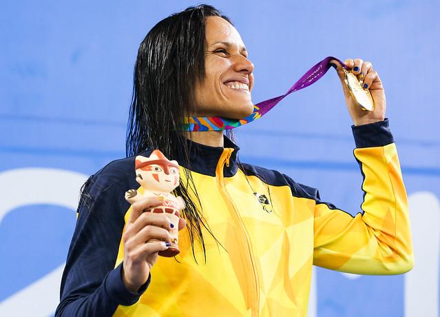 Mulheres nas Olimpíadas: a nadadora paralímpica Maria Carolina Santiago vai às Paralimpíadas de Tóquio 2020 como campeã mundial