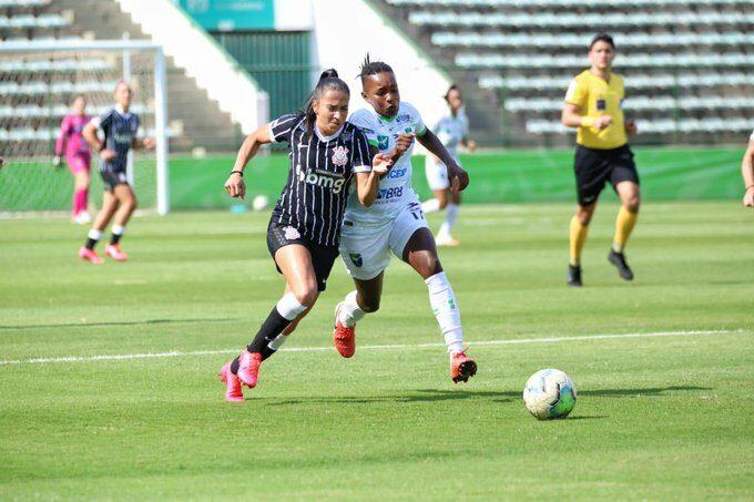 Minas Brasília perde para Corinthians por 4 x 1 no Estádio Bezerrão, pelo Campeonato Brasileiro A1
