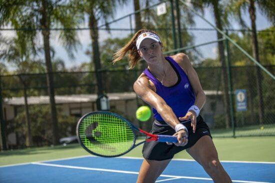 Luisa Stefani é a tenista brasileira mais perto de uma vaga nas Olimpíadas de Tóquio