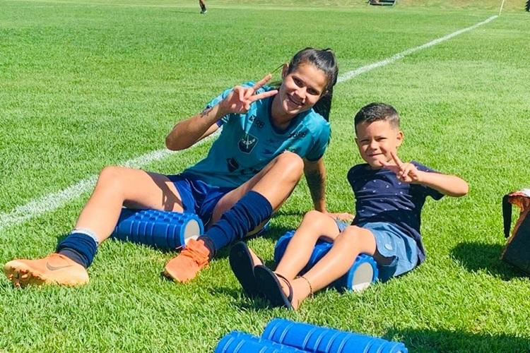 Isadora é a única mãe do elenco do Minas Brasília que disputa o Brasileirão A1 feminino em 2021